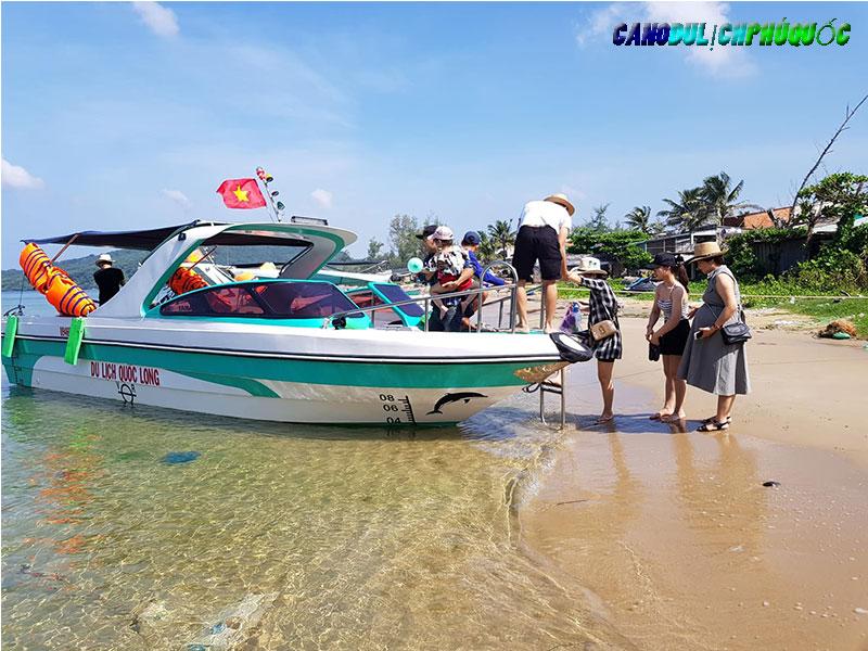 Dịch Vụ Thuê Cano Phú Quốc Câu Cá Lặn Ngắm San Hô Nam Đảo